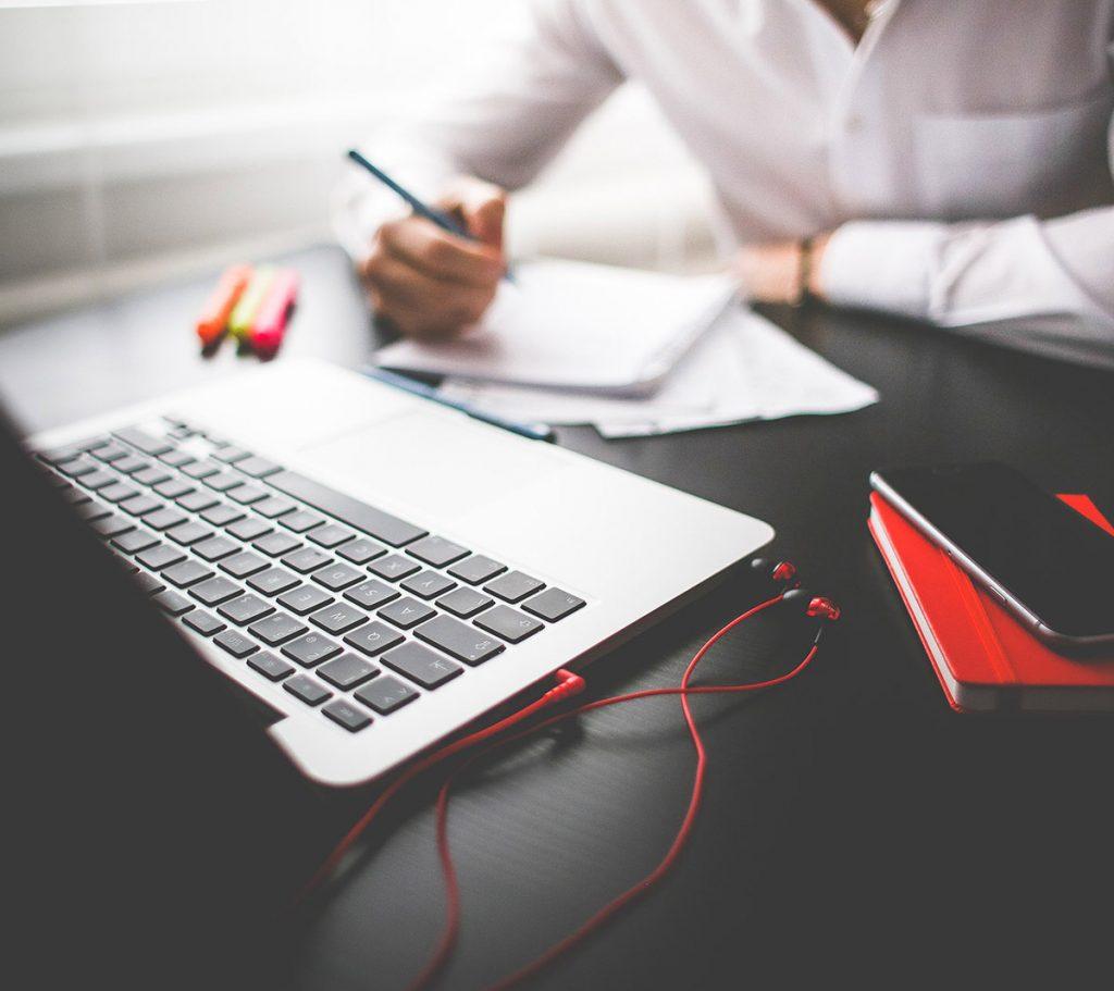 desk-corporate